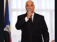 Anselmo sugere plebiscito para contratação de show em exposição
