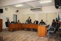 Câmara aprova equiparação salarial do professor