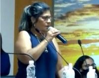 Tânia Cabral defende melhores salários para os concursados