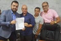 Vereadores reivindicam obras para Carapebus ao vice governador